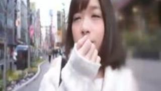【エロ動画】素人の普通に可愛い子がおま●こ内ぶっかけされてるのってエロすぎですよね!!しかも初対面の会話相手に!