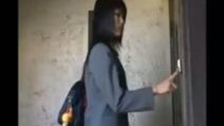 【エロ動画】(レズビアンビアン)殴られることでしか愛を感じられないマザコン彼がドSな恋人と付き合った結果www