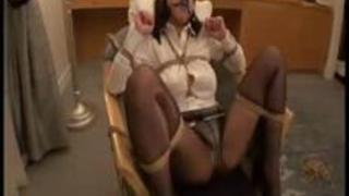 【淫乱熟女動画】-個人撮影-契約欲しさに枕営業を仕掛けて来た生保レディを捕獲!俺専用の肉便器化に性交-熟女-