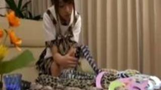 【初美沙希】年下のJKとペニバンレズSEXに耽るお姉さん動画