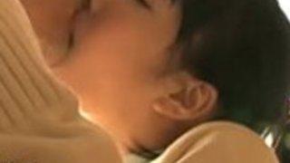 日本の女子高生が老人を性交させる - もっとElitejavhd.comで