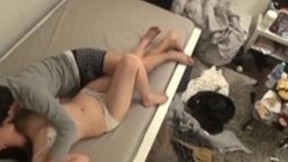 【動画】部屋にカメラを仕掛けて女の子を呼び自然でエロい素の可愛い喘ぎやスケベなセックスを撮影する激エロ動画うp