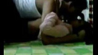 アマチュアのアジアのカップルがビデオを作るのが大好き