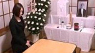 日本の未亡人のマスターベーション