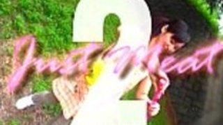 【無料エロ動画】【キチガイ襲うMOVIE】キチガイに難癖付けられた保母さんがペニス2本で輪姦されて号泣オーガズム・・・