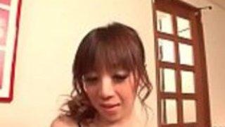 かわいいベイビー、芹沢舞は彼女の大きなおっぱいにザーメンを浴びる