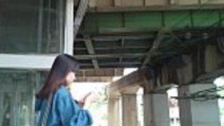 盗撮日本人の女の子のパンチラ2