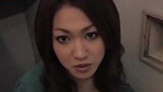 日本の美しさは、カメラのコックを吸っについて恥ずかしがり屋ではありません