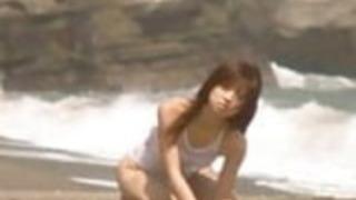 Yoko Ogura  - ビーチ
