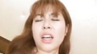 日本の女の子平塚百合子、ハードコアセックスを熱望