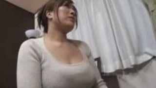 爆乳で巨乳熟女の、白鳥寿美礼のセックスオイルマッサージH動画。【白鳥寿美礼動画】