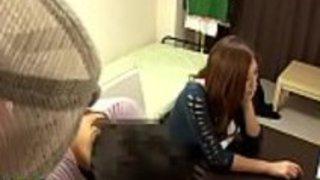 学生への日本の家庭教師の足コキ - もっとElitejavhd.comで