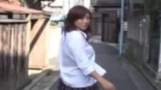 支配的な日本の女子高生CFNM senzuri
