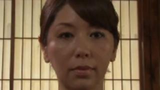 翔田千里:義父に犯されてしまう熟女未亡人。亡き夫の位牌の前での強制、寝取られセクロス