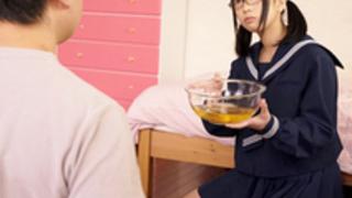 【高杉麻里】眼鏡の制服美人娘が童貞の家庭教師に足舐めさせ聖水を飲ませお掃除クンニさせてます。