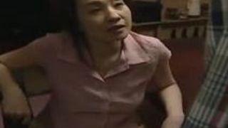 【大沢萌不倫】五十路の人妻熟女、大沢萌の不倫ファックがエロい!【ヘンリー塚本作品】