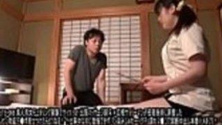 [Jap]アマチュア男の子と女の子のフォーカスグループ実験がやった!ビジネス旅行マッサージセラピスト(女性)x巨根ディックサラリーマン(男性)彼が興奮した勃起を見せているときに何が起こるか - フルビデオ:http://JPorn.se/GETS-069