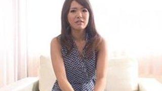 【少女潮吹き・オナニー】貧乳だけど感度のイイ少女は自分で乳首をコリコリしただけでパンティクロッチがビショ濡れ イクイクXVIDEOS日本人無料エロ動画まとめ