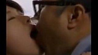アジアの日本の性的愛はとても奇妙です -  Pt2 On HdMilfCam.com