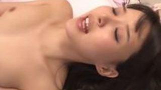 【葵つかさクンニ】Eカップの女子高生、葵つかさのクンニプレイがエロい!!